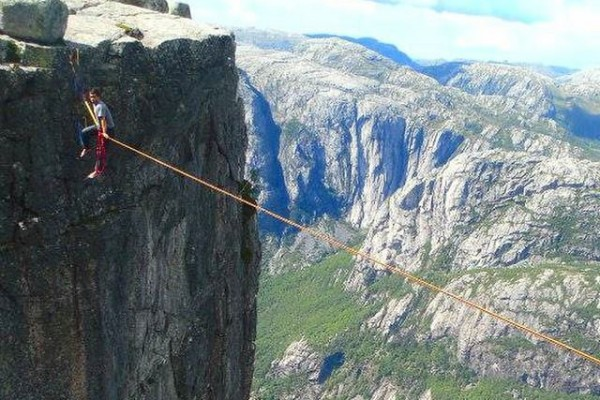 3200+ Feet - Highlining In Norway